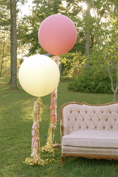 Geronimo-style-balloon-streamers-403x600